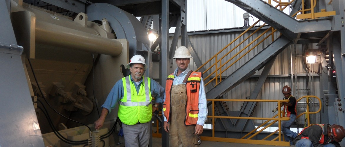 Dakota Service Technicians start up primary crusher